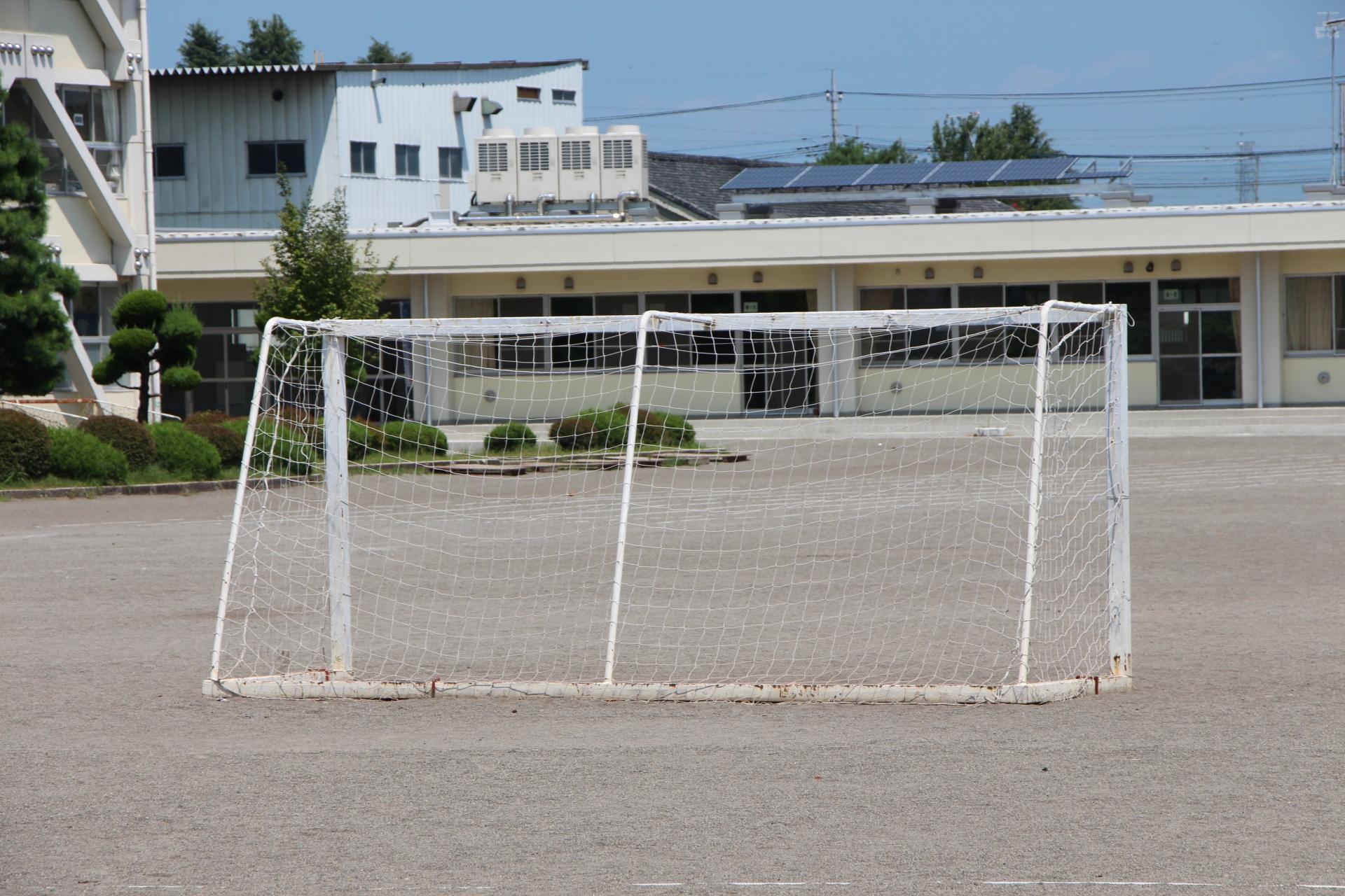 サッカーゴールの転倒防止のための固定方法とは!?